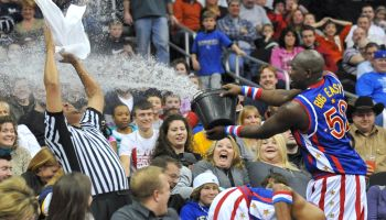 Globetrotters water skit
