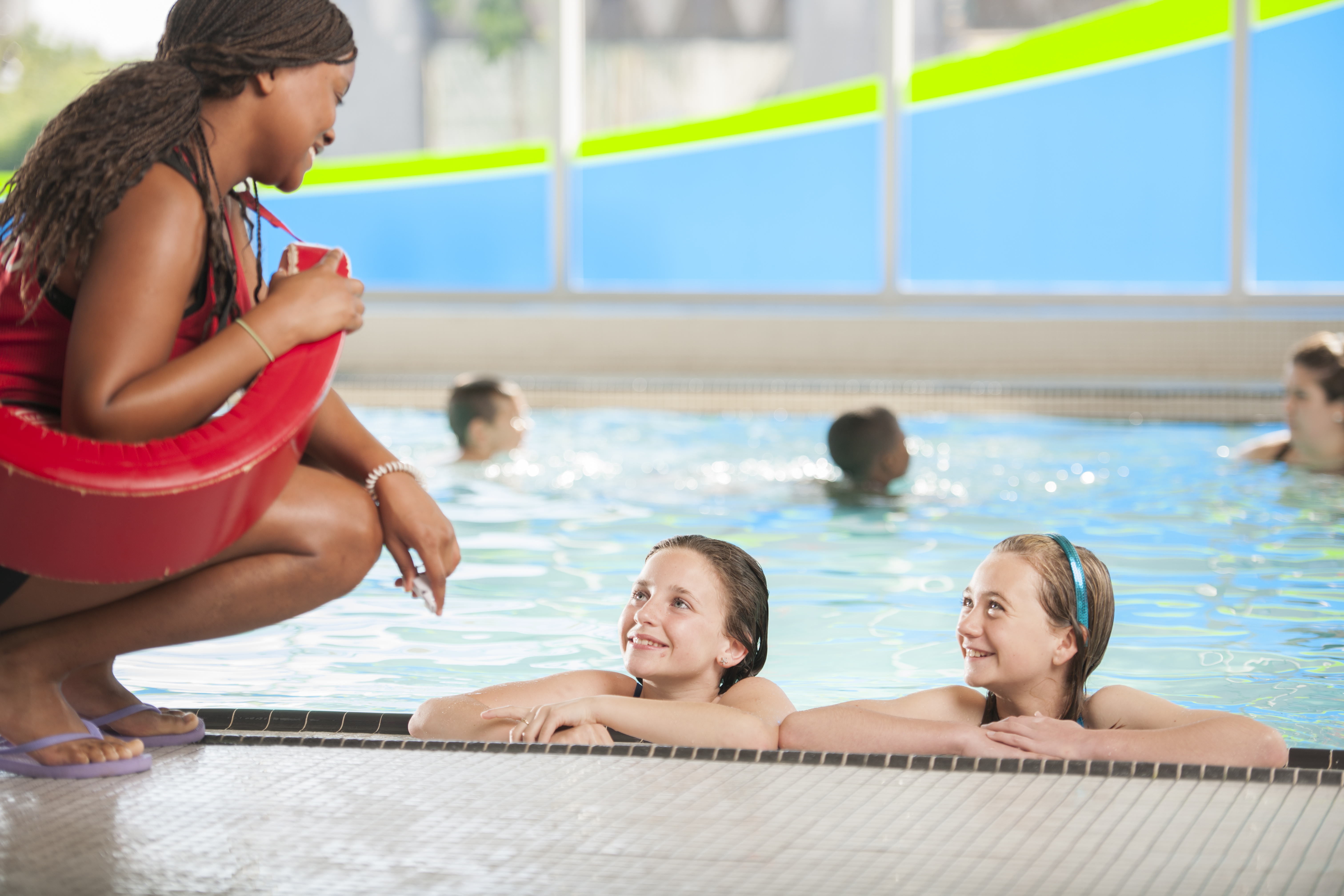 Learning to Swim from a Lifeguard