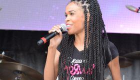 Michelle Williams Praise in the Park 2015